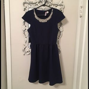 Alya Francesca's pearled neckline dress, size M
